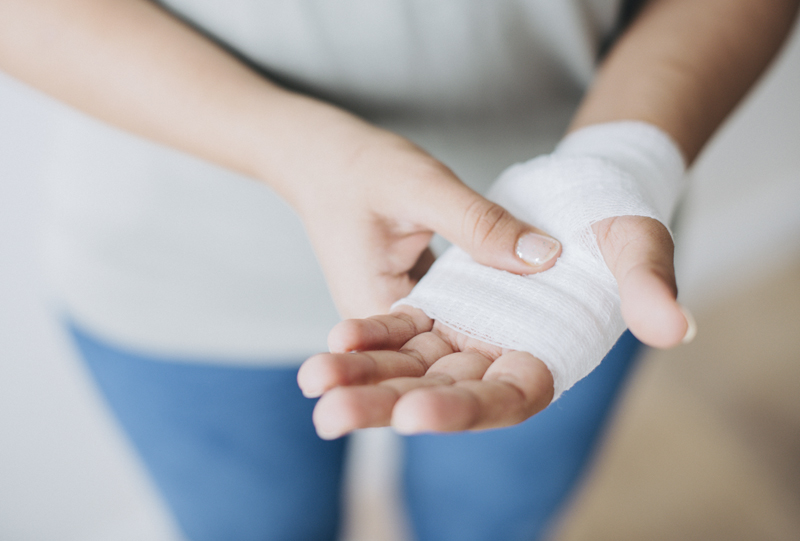 Heridas en mano